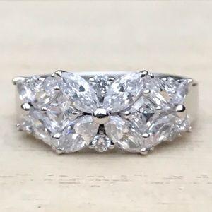 Gorgeous sterling sim. diamond ring
